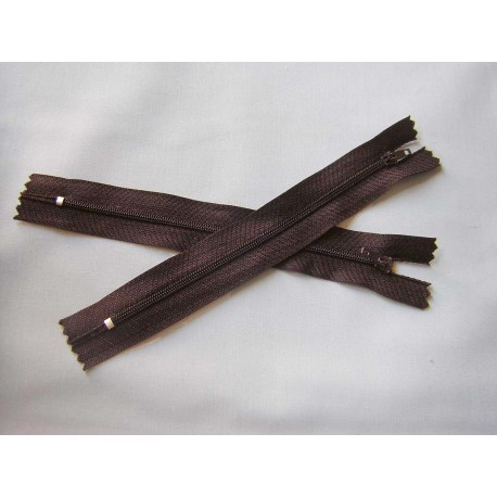plastic zip size 3- dark brown