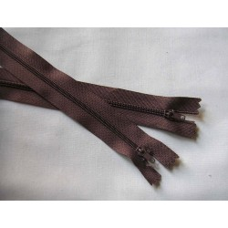 plastic zip size3- light brown