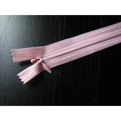 invisible zip  dusky pink - length from 20cm to 60cm