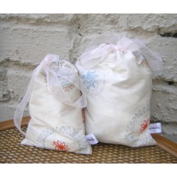 Luxury Cream Silk Gift bag - 16,5/20cm