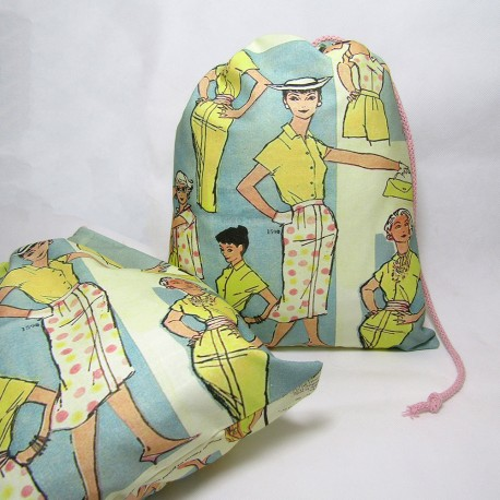 Travel Laundry Bag - Retro Fashion