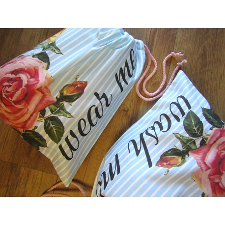 Travel Laundry Bag Set bunch of  Roses on stripes