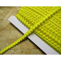 pom pom trim - yellow 117