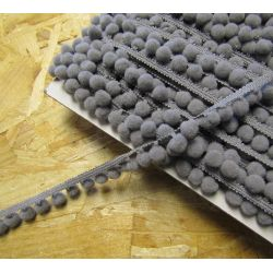 10mm pom pom trim - grey826
