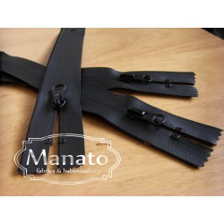 waterproof zip - black - closed  end - 22cm